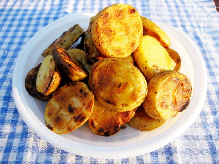 Как можно приготовить картошку на мангале 2