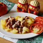 Грибы ежевики с картошкой и мясом