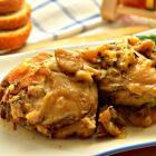 Курица с грибным соусом в рукаве