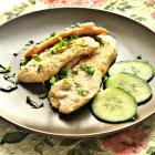 Куриное филе в лимонном соусе на сковороде