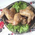 Куриные крылышки в духовке по-габровски