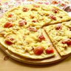 Пицца с куриной грудкой и черри