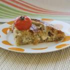 Пирог-улитка из слоеного бездрожжевого теста с зеленым луком, моцареллой и брынзой