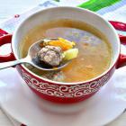 Пшенный суп с мясными фрикадельками