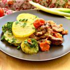 Свинина, тушенная с маринованными черри и картофелем