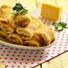 Сытные блинчики с сырной начинкой