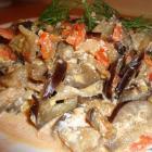 Вегетарианское блюдо из баклажанов
