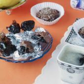 Домашние конфеты с изюмом, черносливом и грецким орехом