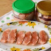 Горбуша соленая с луком и маслом