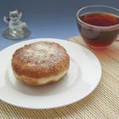 Классические жареные пончики с повидлом