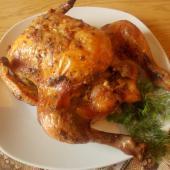 Курица в духовке целиком с чесноком, майонеом и горчицей