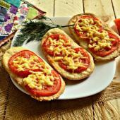 Лодочки с помидорами