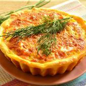 Открытый овощной пирог с заливкой