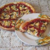 Пицца грибная с фаршем