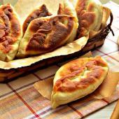 Пирожки с мясной начинкой на сковороде