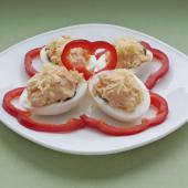 Праздничная закуска из яиц со сливочным кремом
