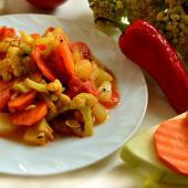 Рагу из цветной капусты и кабачков