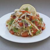 Рисовая лапша с овощами и имбирем