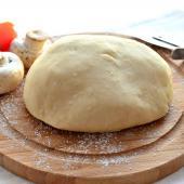 Тесто для пиццы с оливковым маслом