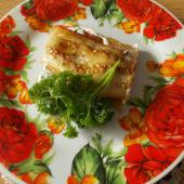 Закуска из баклажанов, помидоров и плавленых сырков