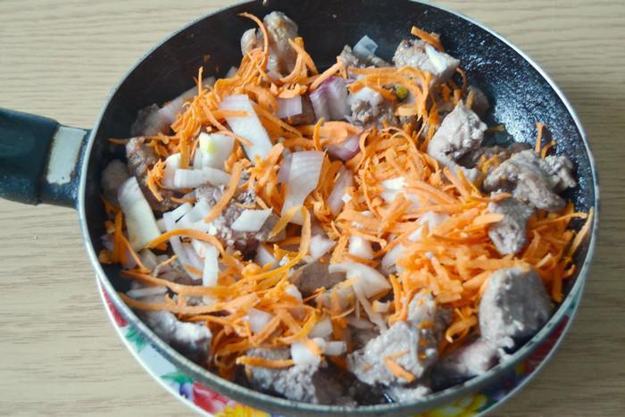 как приготовить азу из говядины в сметанном соусе